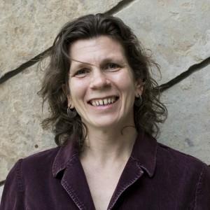 Dr. Stephanie Kampf