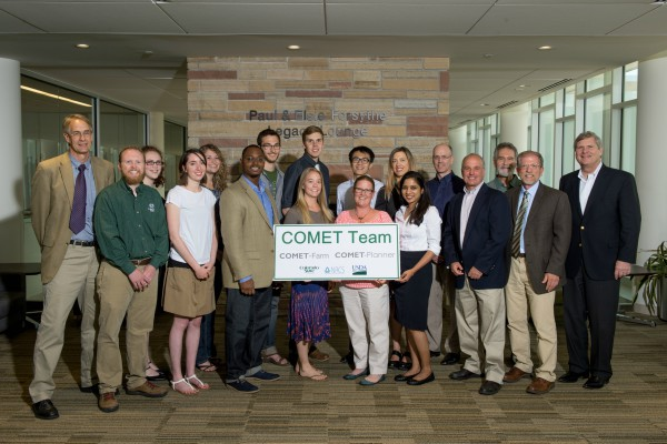 Picture of COMET group with USDA Secretary Vilsack