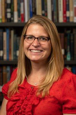 Headshot of Dr. Becca Barnes